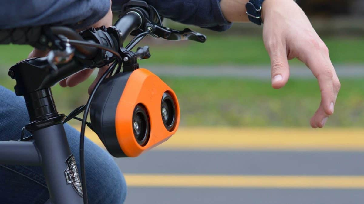 Loud Bicycle – a bike horn that gives cyclists a safer tour