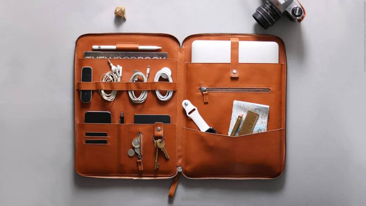 Why the Nomad Organizer Should Be Part of Your Everyday Carry